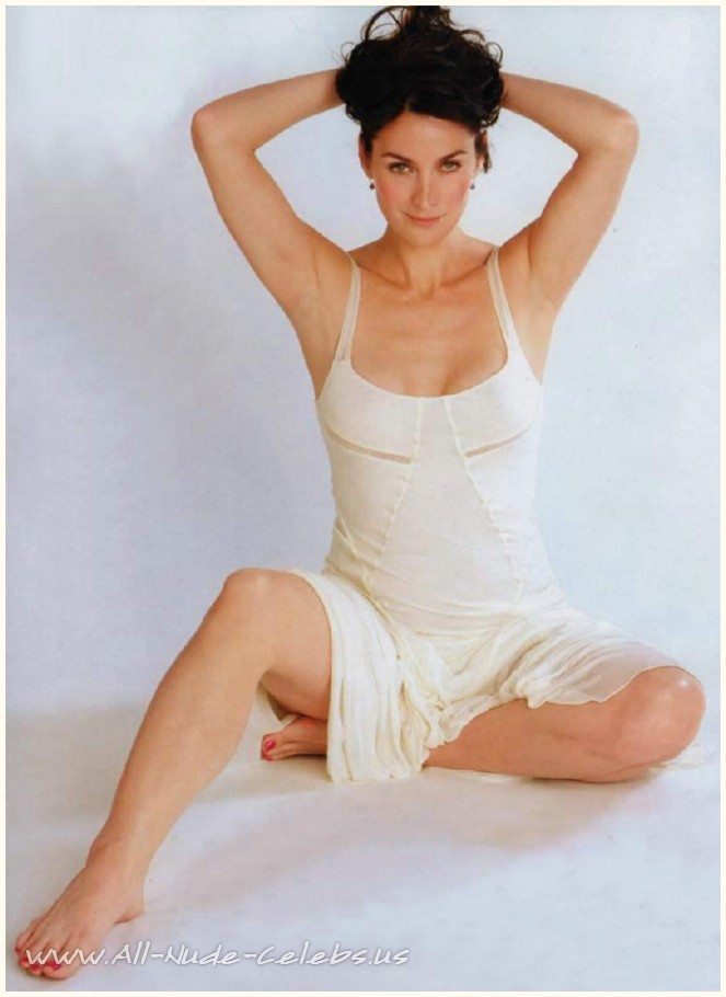 Carrie anne moss nude pics galleries 21