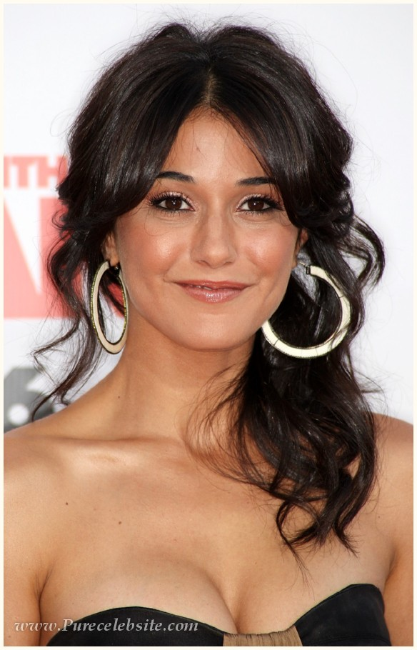 Celebrity Emmanuelle Chriqui - nude photos and movies