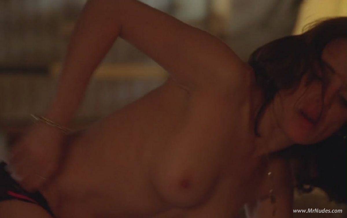 nude pics of alanna ubach