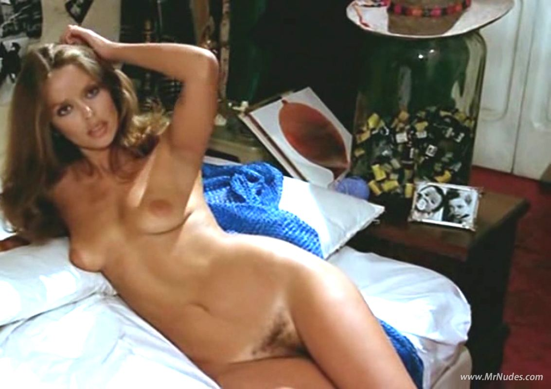 curvy tall girl gif nude