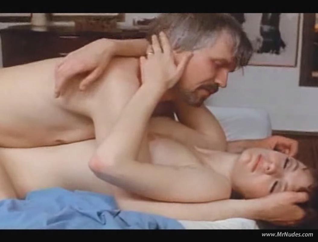 Jacqueline Bisset Nude