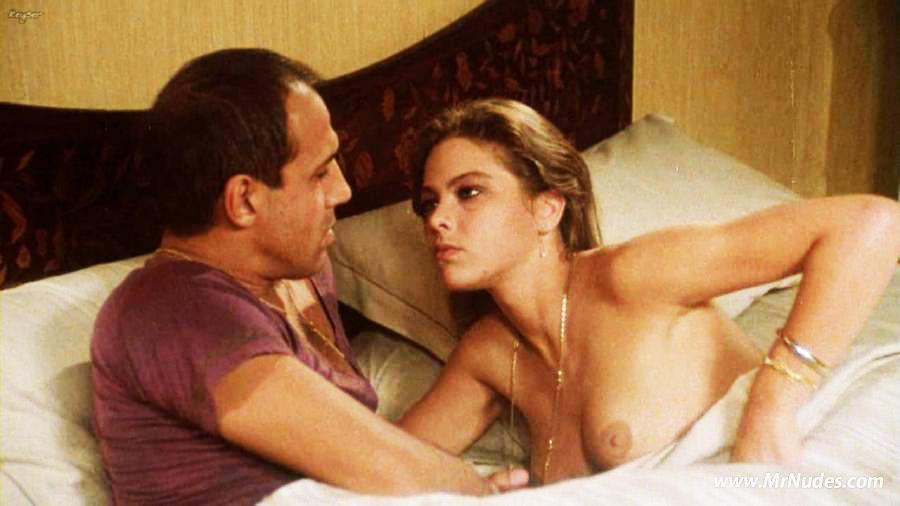 Секс порно фильмы жена майора онлайн 45