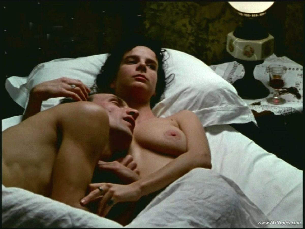 Rachel griffiths mr skin hentai movies