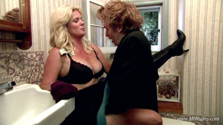 Rachel Hunter Nude Pics -- - Top Nude Celebs