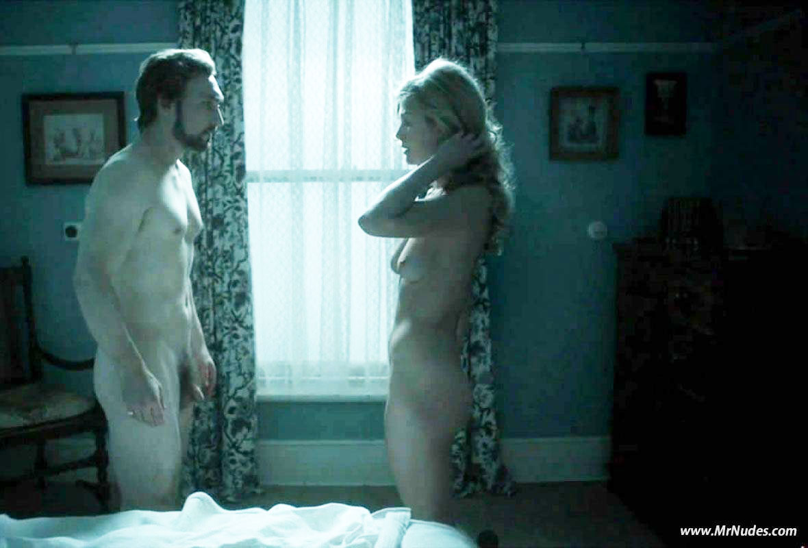 rosamund pike ever been nude
