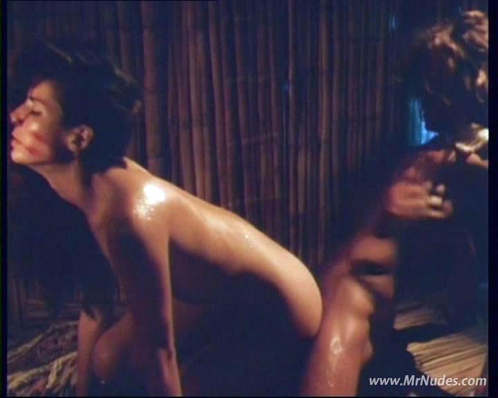 eroticheskiy-film-amazonki