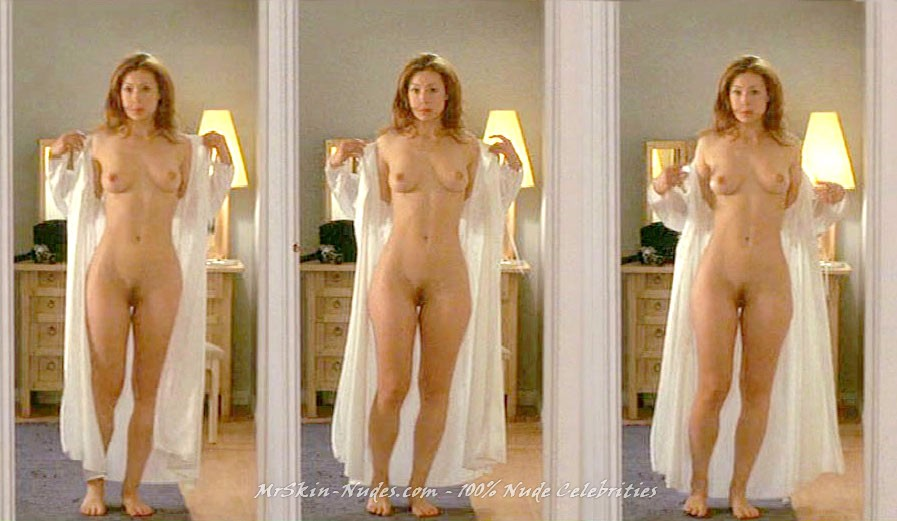 Alex kingston naked
