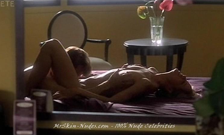 Kim dickens nude pics